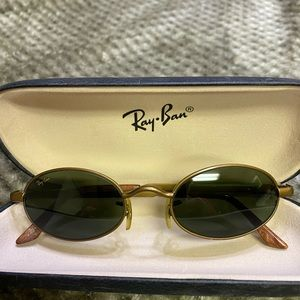 Ray Ban w2949 Oyas sunglasses with case
